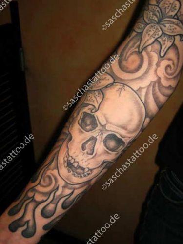 saschas-tattoo-black-and-grey-29