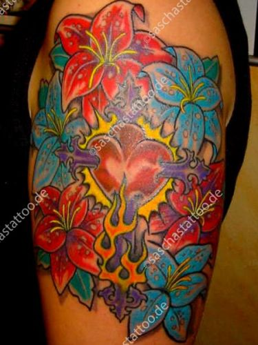 saschas-tattoo-flowers-19