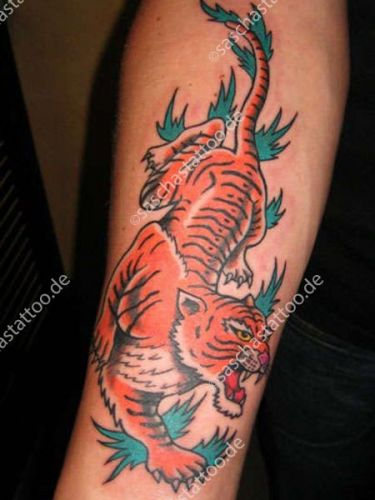 saschas-tattoo-old-school-27