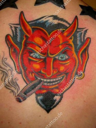 saschas-tattoo-old-school-32