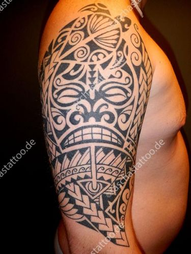 saschas-tattoo-polynesian-88