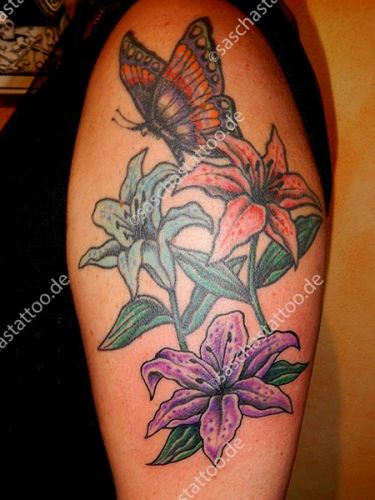 saschas-tattoo-flowers-3